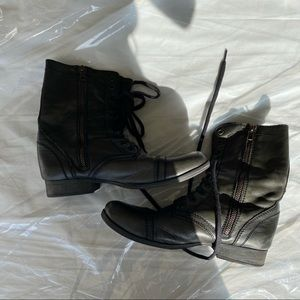 Steve Madden Black Leather Troopa Boot